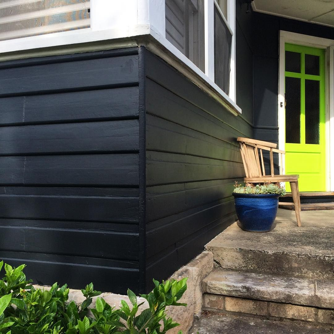 Siobhanrogers Beaspoke Exterior House Colour Black Fox By Taubmans Paints And Effervescent Lime