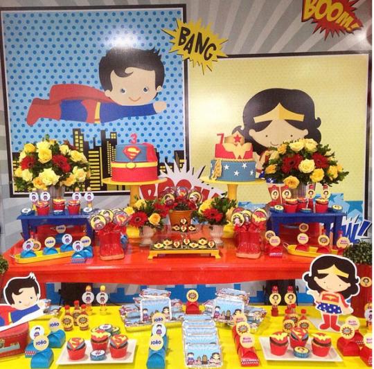 Superman wonderwoman party via dentrodafesta The Amazon and The
