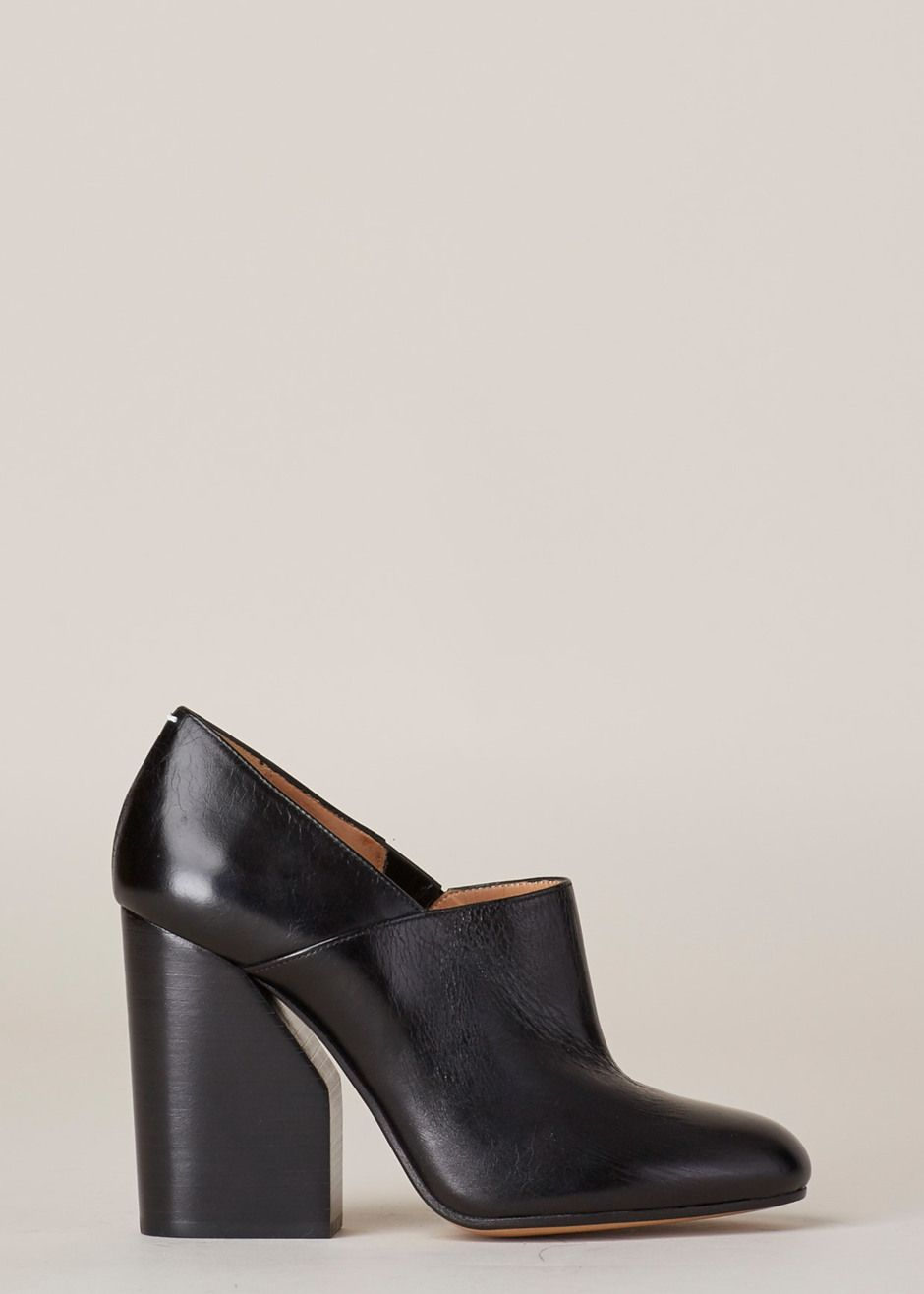 c6330db530b Maison Martin Margiela Loafer Heel (Black) Uñas Pies