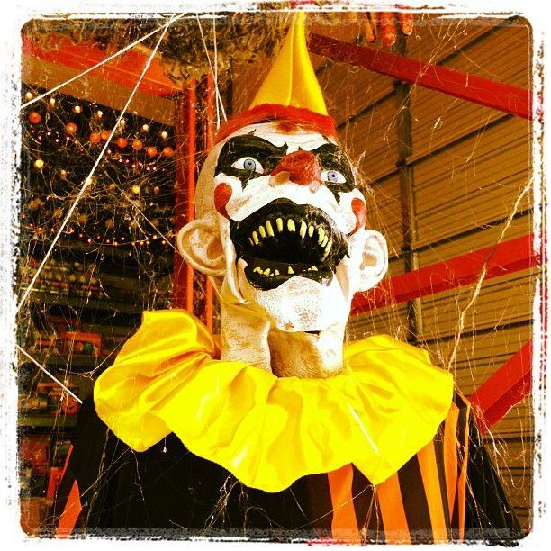 Sinister Clown halloween clown props http//www