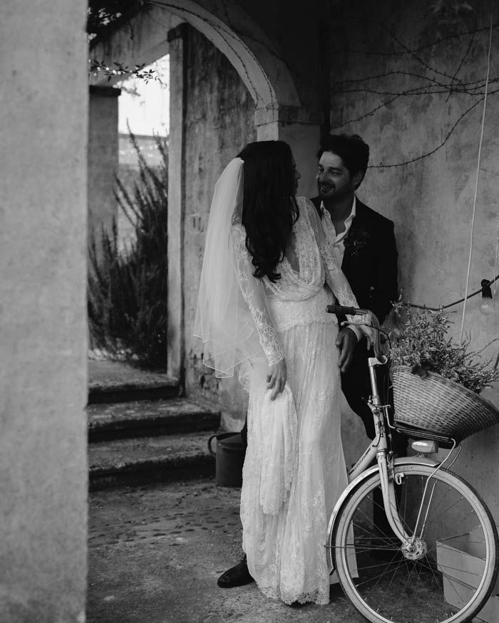Old World Elegance: Richly Romantic Australian Wedding At Deux Belettes