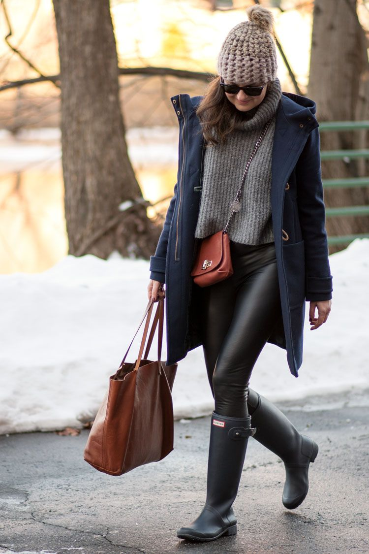 5b29fffaf5a Perfect rainy day outfit. Layer leather leggings, Hunter rain boots ...