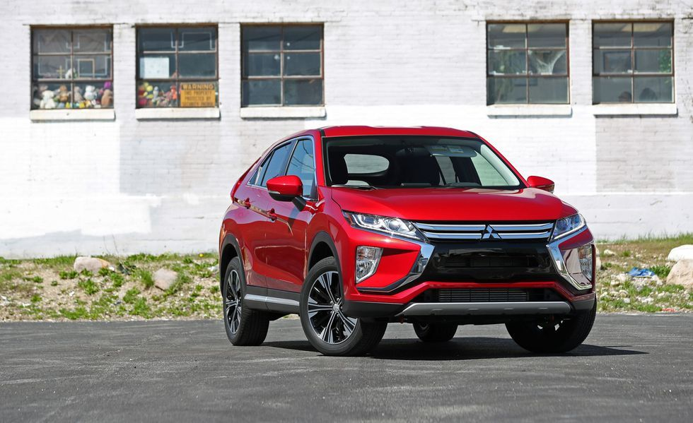 How Much Can You Fit In A Compact Crossover With Images Compact Crossover Mitsubishi Eclipse New Suv
