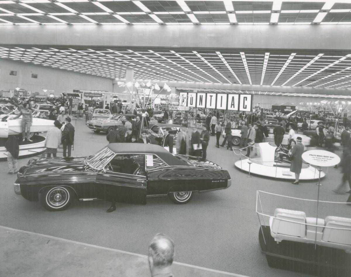 1966 Detroit Auto Show - Photos - Detroit Auto Show: Then and now ...