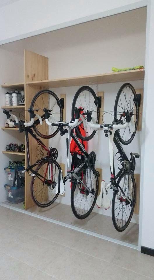 Imagine this but with 4 6 bikes. Well also have a couple that are too heav - Einrichtungsideen #garageideasstorage