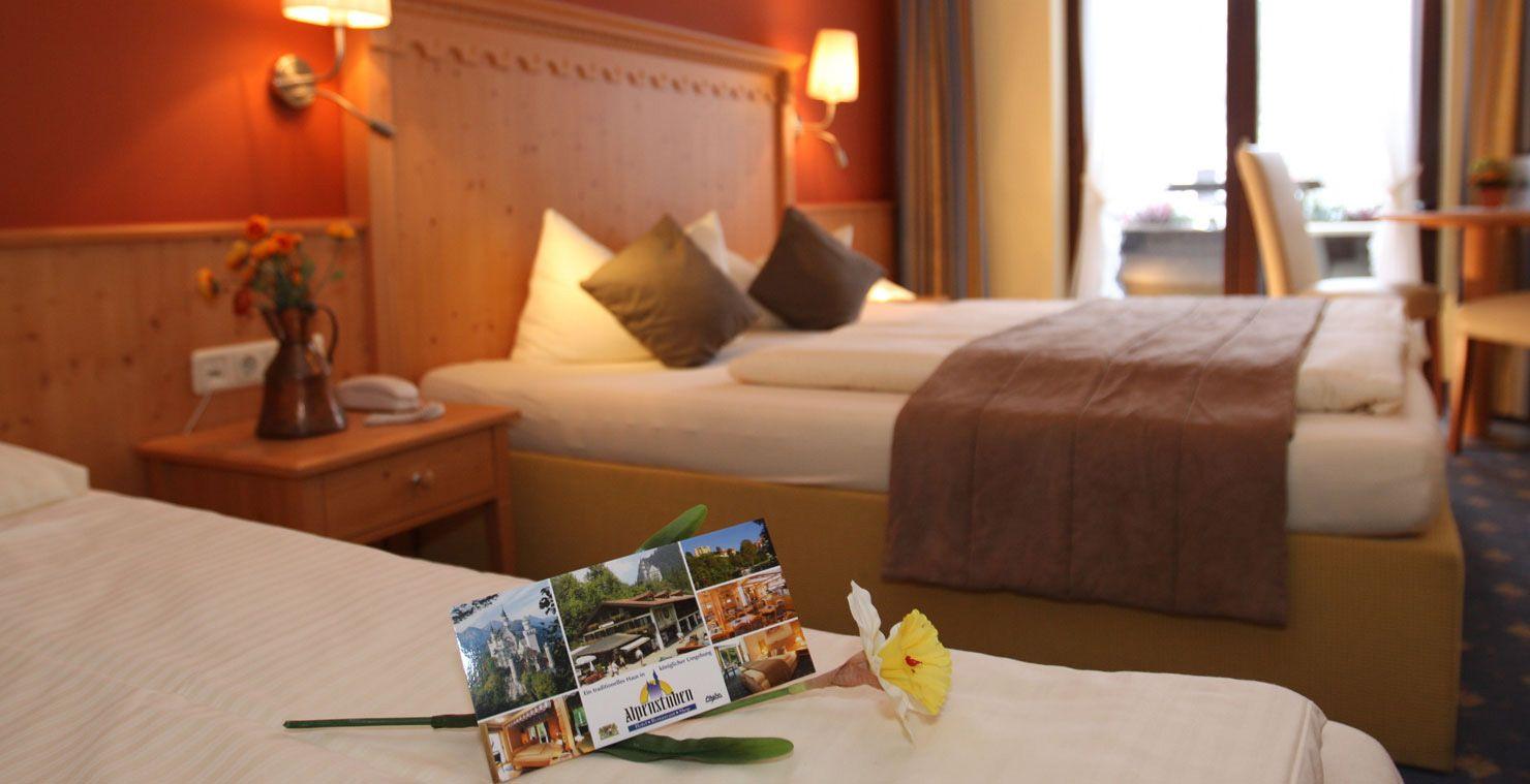 Willkommen Im Hotel Alpenstuben Bei Neuschwanstein Https Www Alpenstuben De De Haus Haus Deko Schloss Neuschwanstein