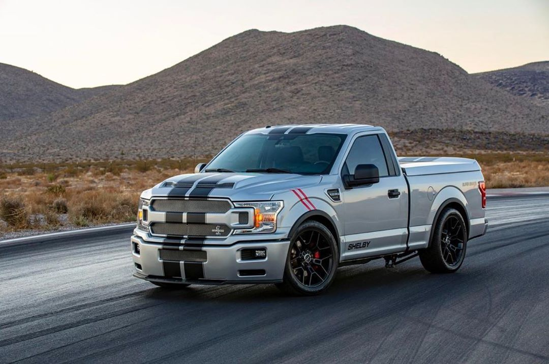This 650 Hp 2017 Ford Svt Lightning Is Blowing Everyone S Mind Ford Trucks Truck Accessories Ford Ford Lightning