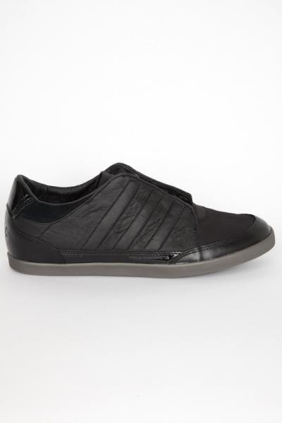 ea56e910dae8c Y-3 Adidas by Yohji Yamamoto   Y-3 sneaker Honja low black ...
