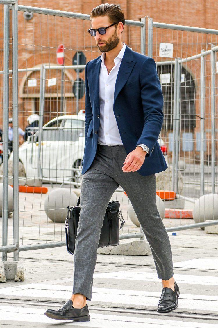 グレーパンツ コーデ メンズ特集!着回し力バツグンの万能アイテムを使った着こなし&おすすめアイテムを紹介   メンズファッションメディア OTOKOMAE- ページ 2   Mens casual suits, Mens fashion blazer, Mens casual outfits