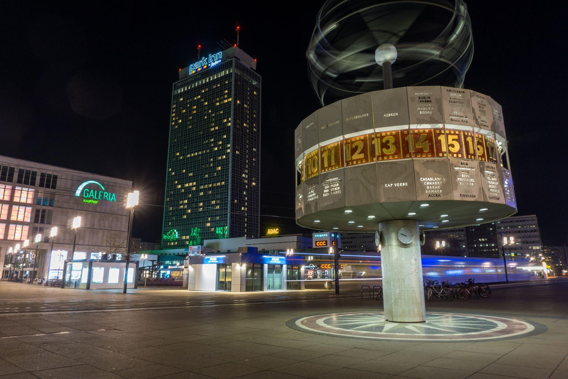 Public Domain Alexanderplatz | Berlin Alexanderplatz