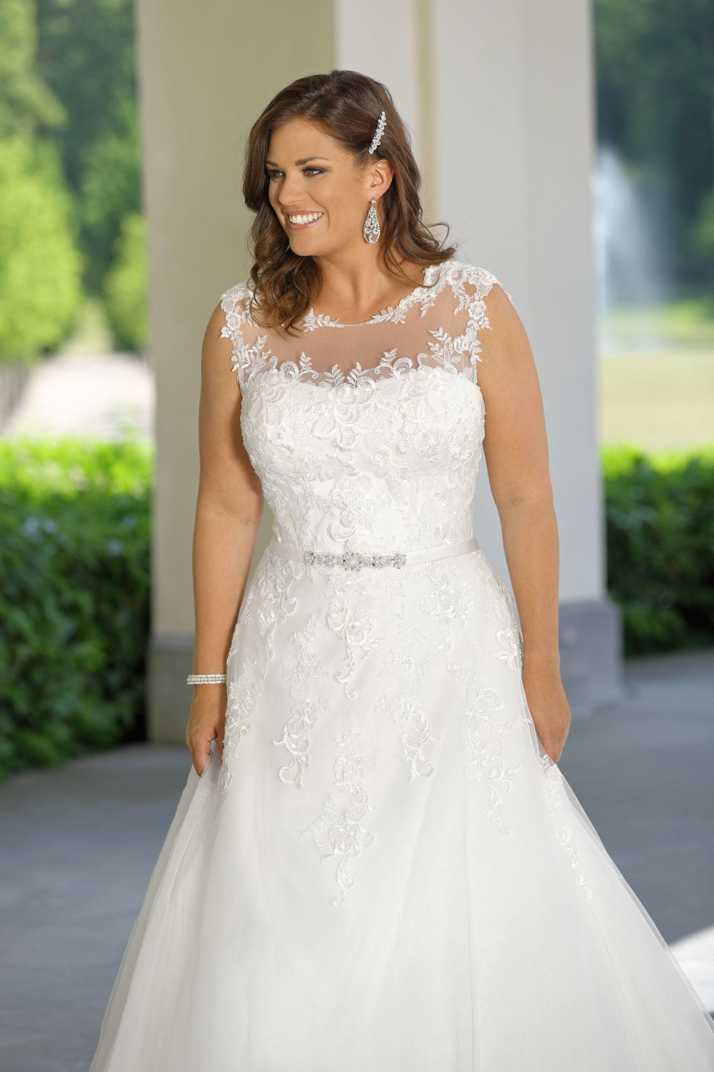 LS420095 Ladybird Plus Size in 2020 Curvy wedding dress