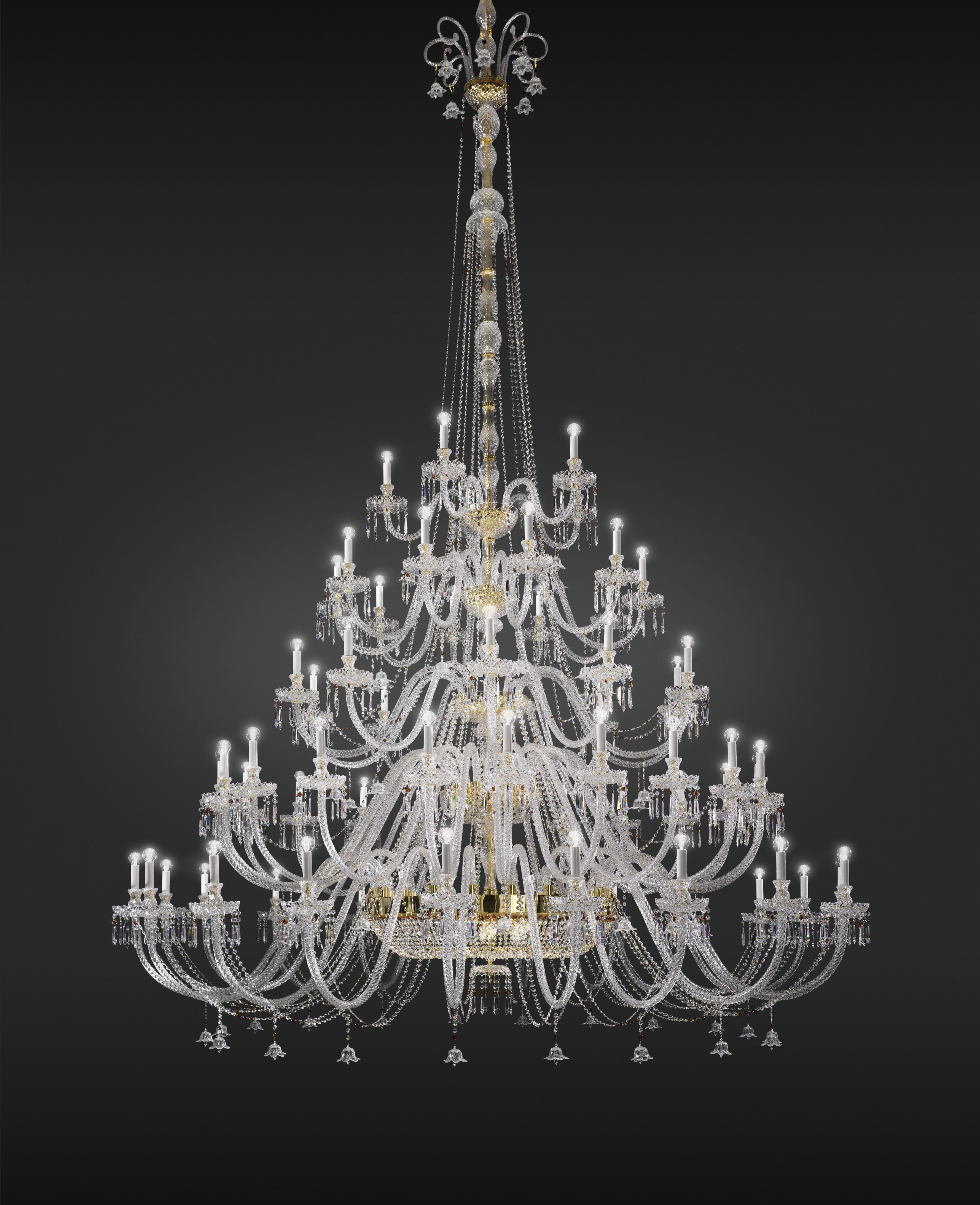 DOGMA Chandelier in carved crystal metal with gold finish
