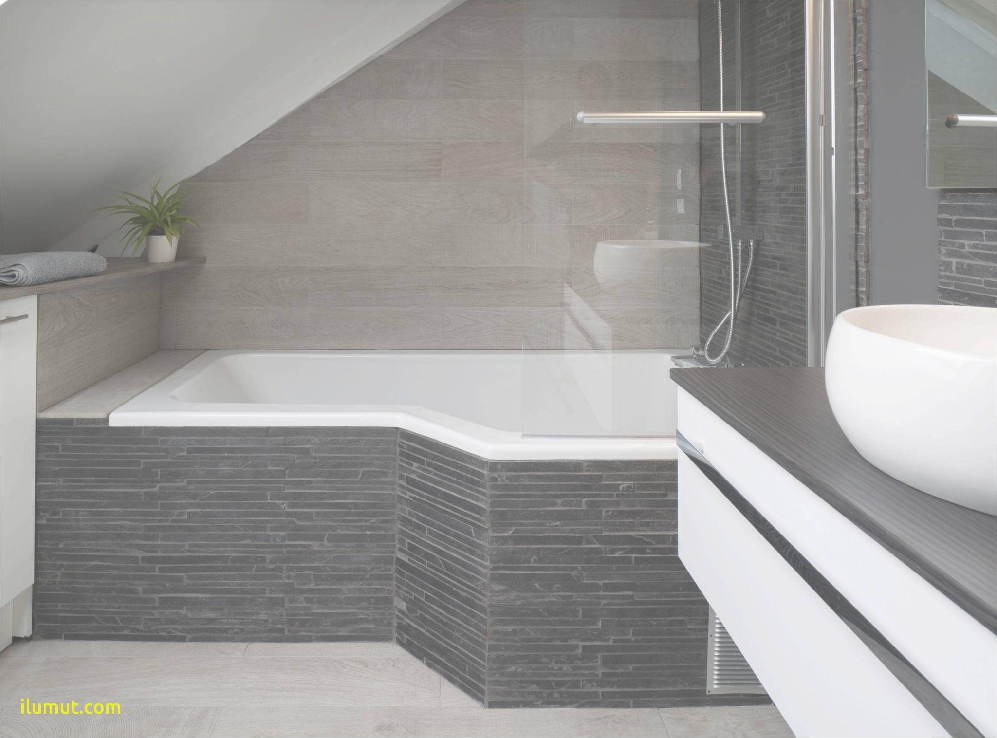 baignoire sous pente baignoire sous pente baignoire sous pente hauteur idees damenagement de salle