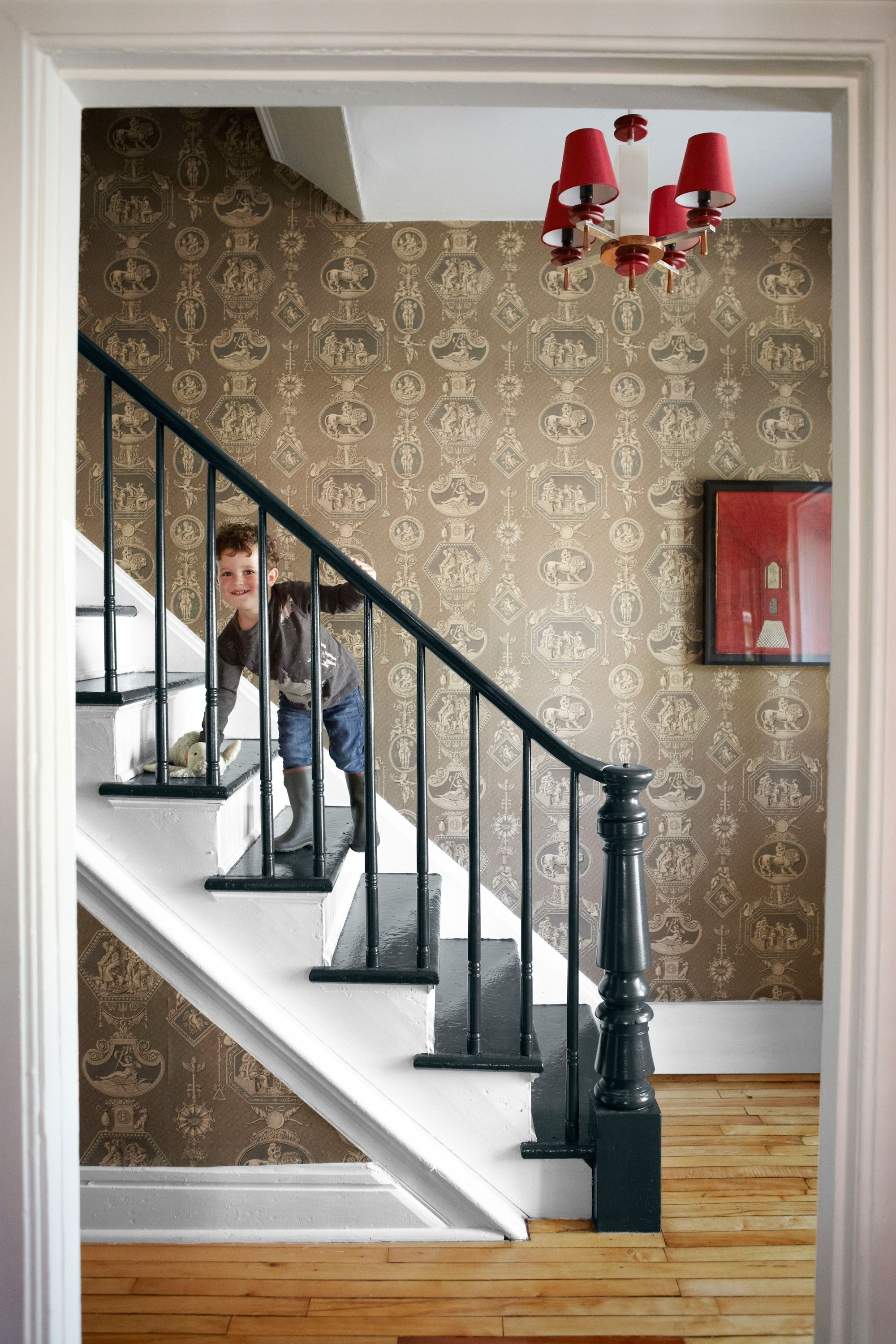 The Perfect Beautiful Staircase Wall Painting Ideas CN12vu ...