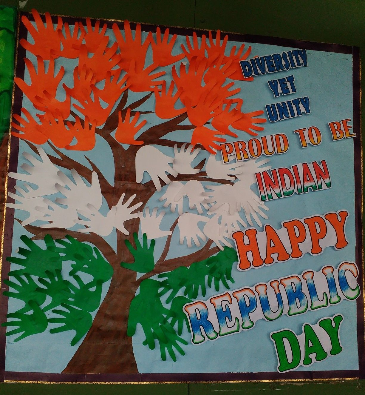Republic Day Of India Bulletin Board Ideas School Kids Crafts Independence Day Decoration School Board Decoration