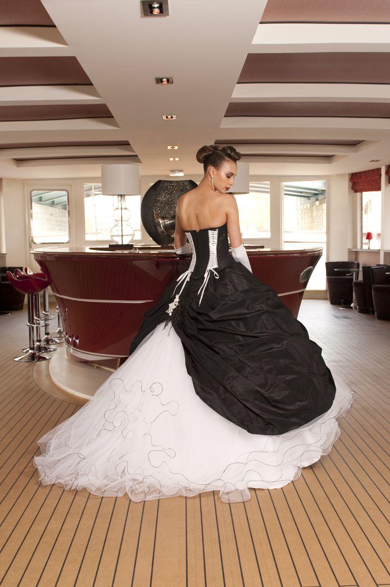 Robe de mariee noire et rose