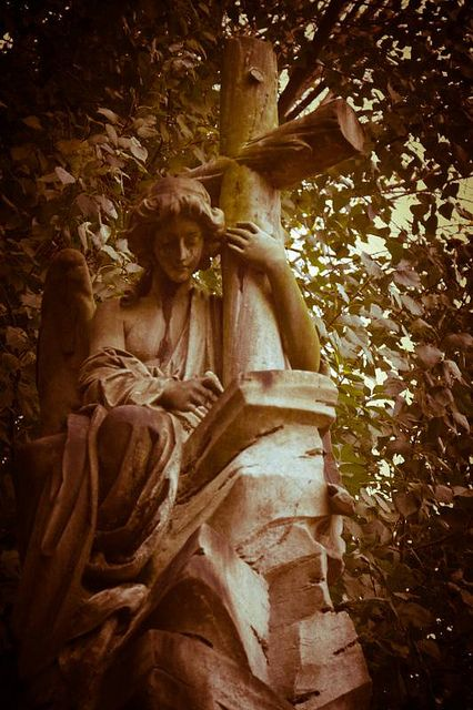 Abney Park Cemetery by The Polstar, via Flickr