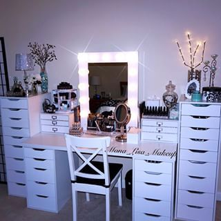 This wistfully white makeup station. | 25 Vanities That Are Basically Porn For Makeup…