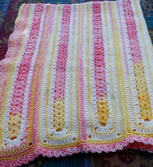 Mile-a-minute easy baby blanket, free pattern by Carol ...