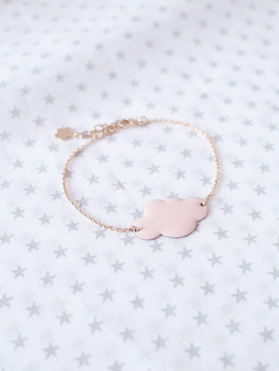Bracelet nuage rose par la créatrice hop hop hop youmayloveit bb