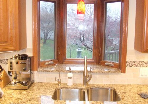 Kitchen With Windows Above The Sink | ... U0027 Beautiful Backyard View With A