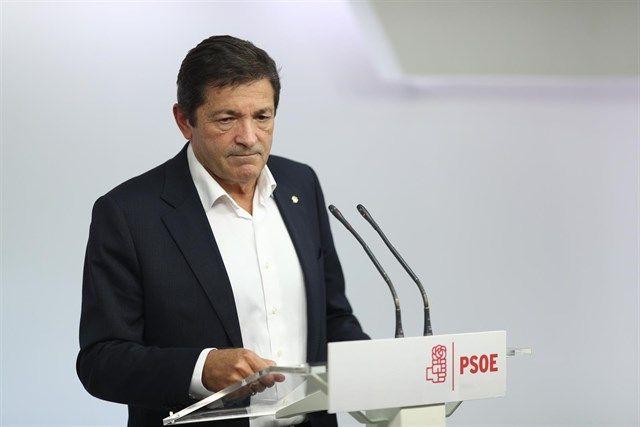 ¿Militantes del PSOE? ¿Qué es eso? No sé de qué me está hablando usted
