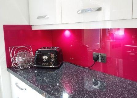 image of magenta pink cast acrylic kitchen splashback gloss finish - Magenta Kitchen Design