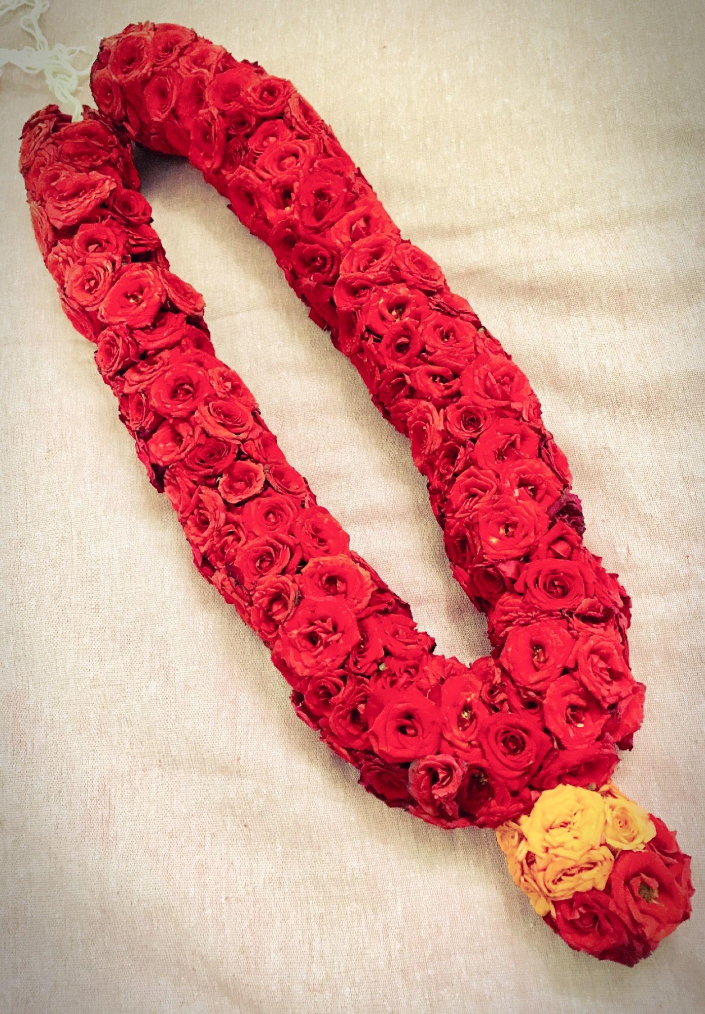 Poo Malai Malai Red Roses Red