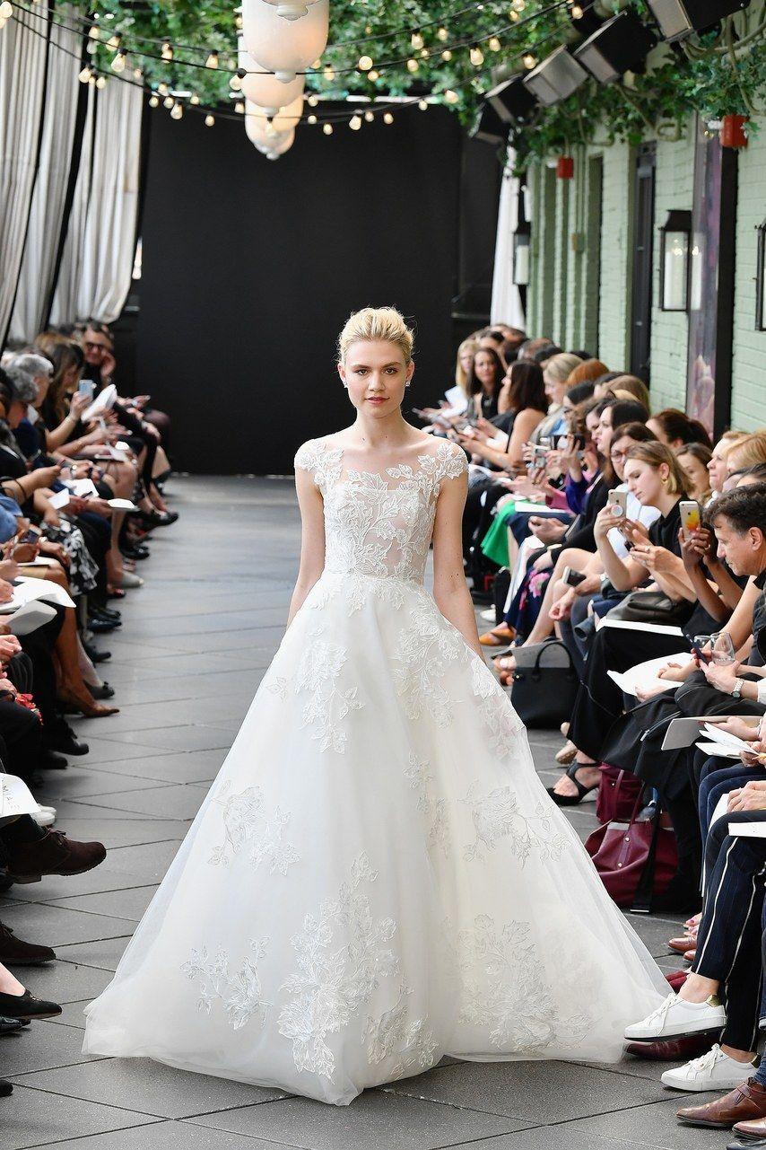 New york bridal fashion week trends in dressesuflowers