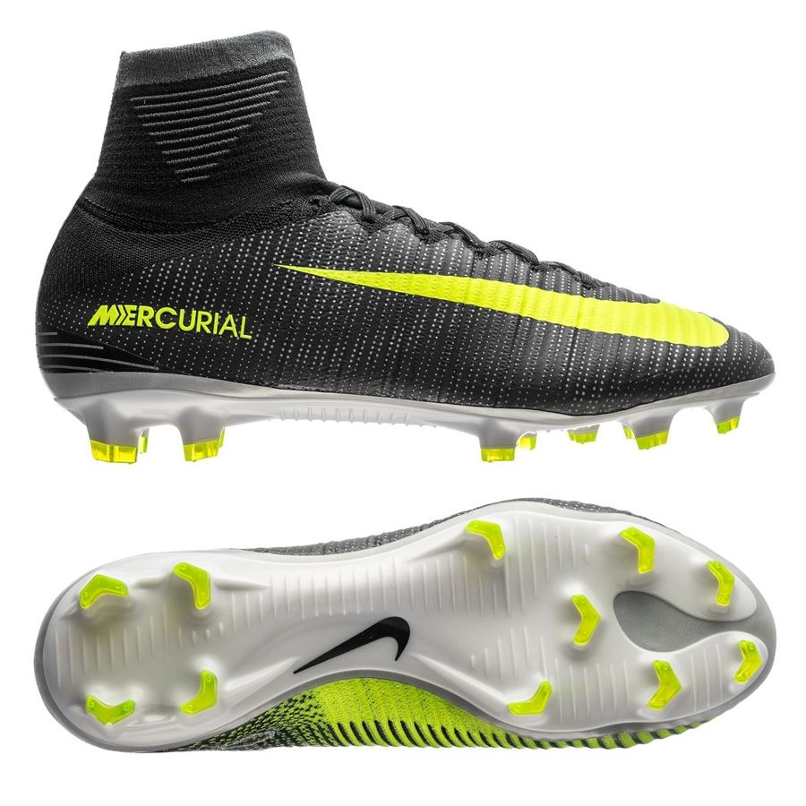 From Lisbon To One Of The Top Tier Clubs In England Noone Has Acknowledged How Difficult Of A Journey This M Best Soccer Shoes Soccer Boots Mens Soccer Cleats