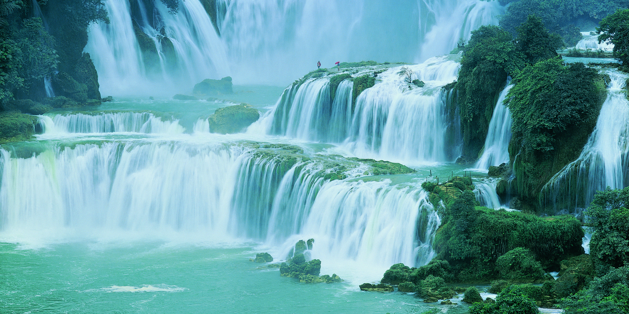 Look The World 39 S Most Rejuvenating Waterfalls Beautiful