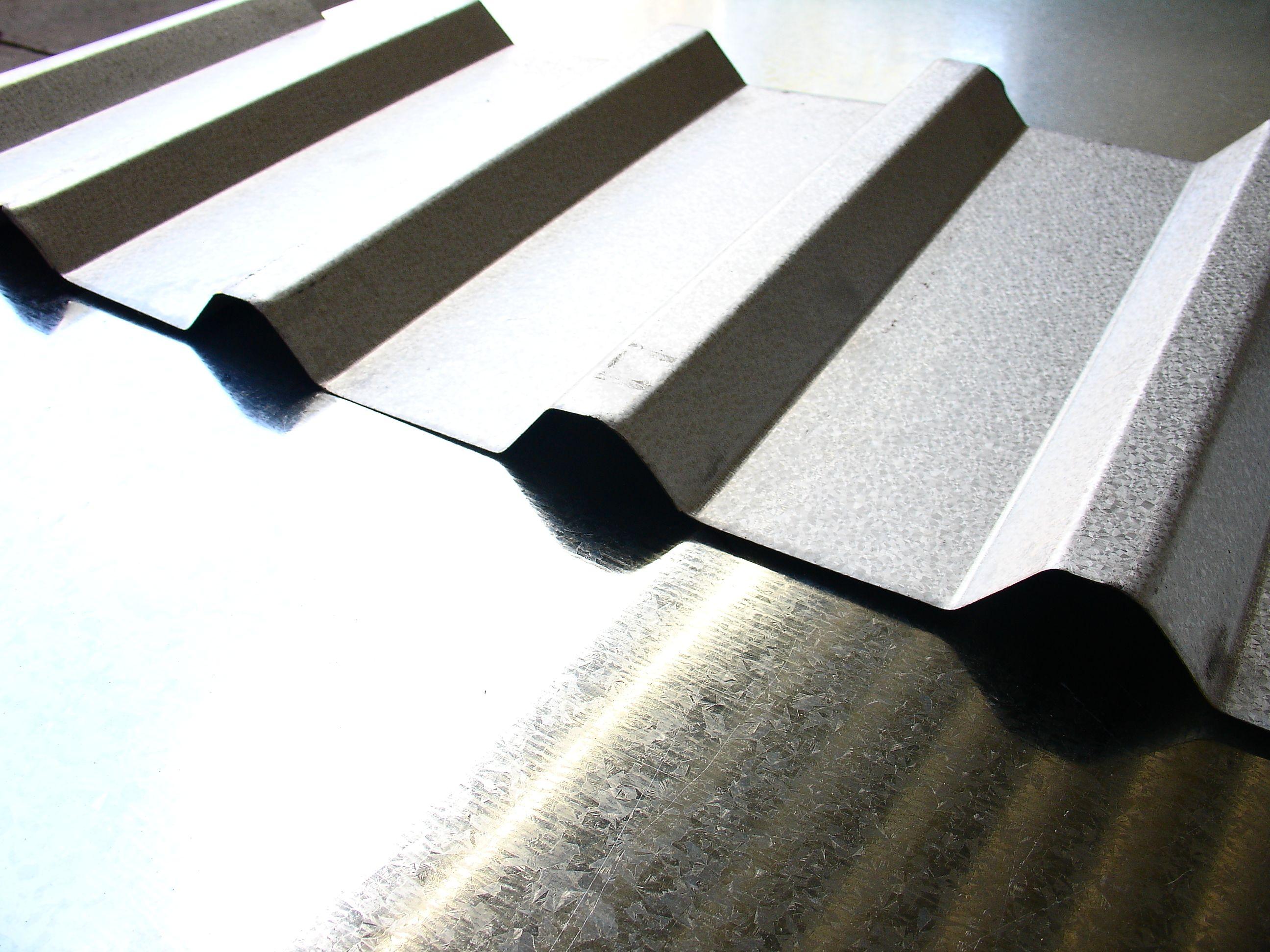 ACABADO ZINTROALUM Lámina recubierta con una aleación de 55