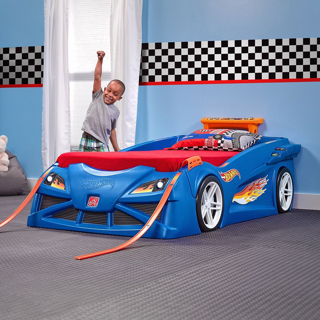Hot Wheels™ ToddlerToTwin Race Car Bed™ Cars room
