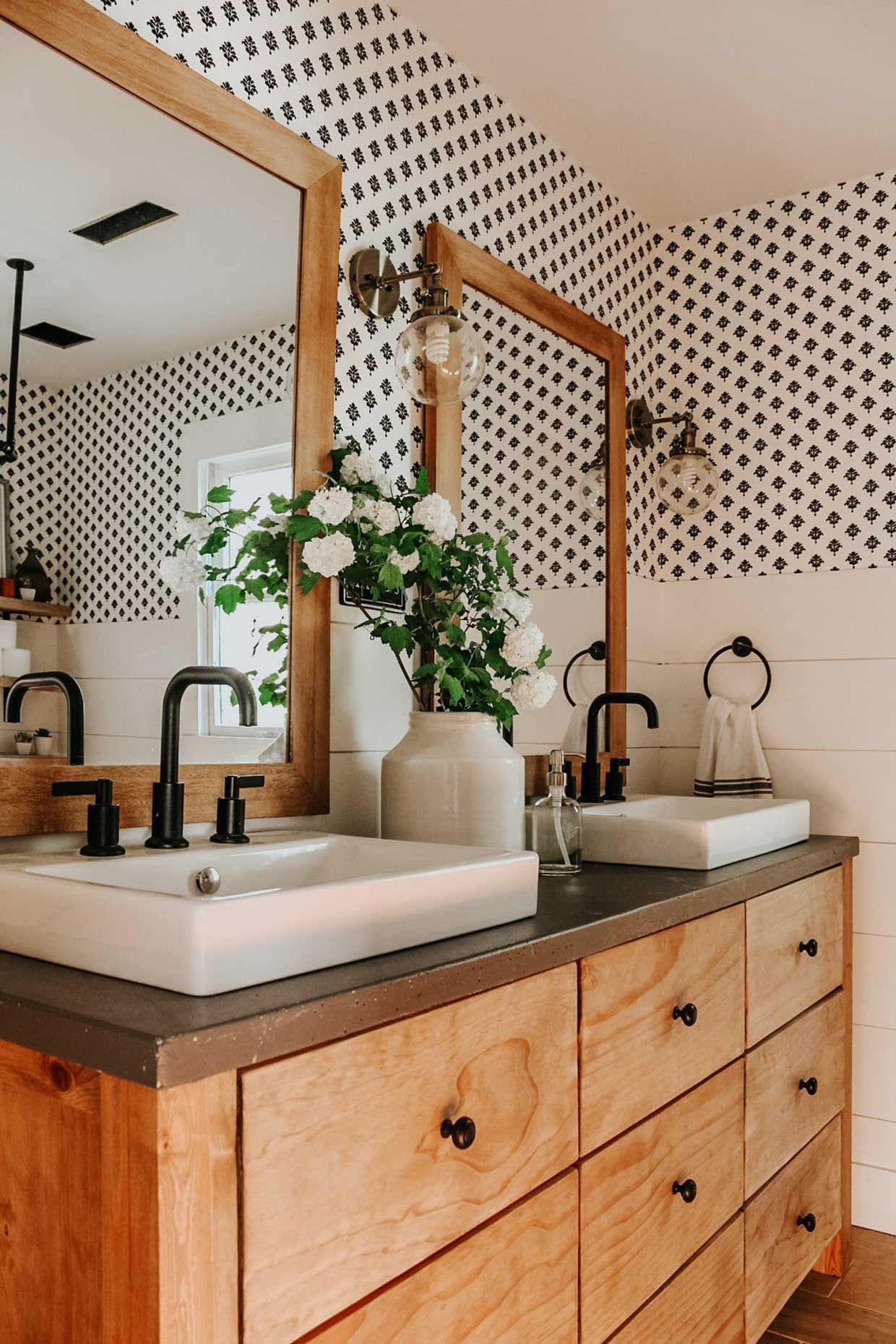 Small Bathroom Wallpaper Ideas Poor Little It Girl in