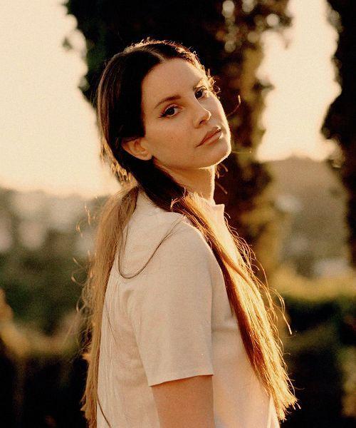 Lana Del Rey von Molly Matalon für InRocKuptibles (2017) - #Del #InRocKuptibl ... #lanadelreyaesthetic