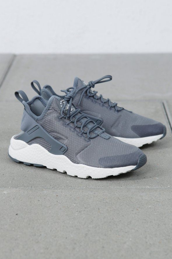 Nike Sportswear - W Air Huarache Run Ultra, sneakers, shoes, outfit, outwear