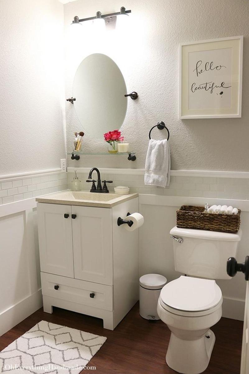 Best Bathroom Art Ideas For Your Sweet Bathroom 31 Small Bathroom Makeover Small Bathroom Decor Small Bathroom Ideas On A Budget