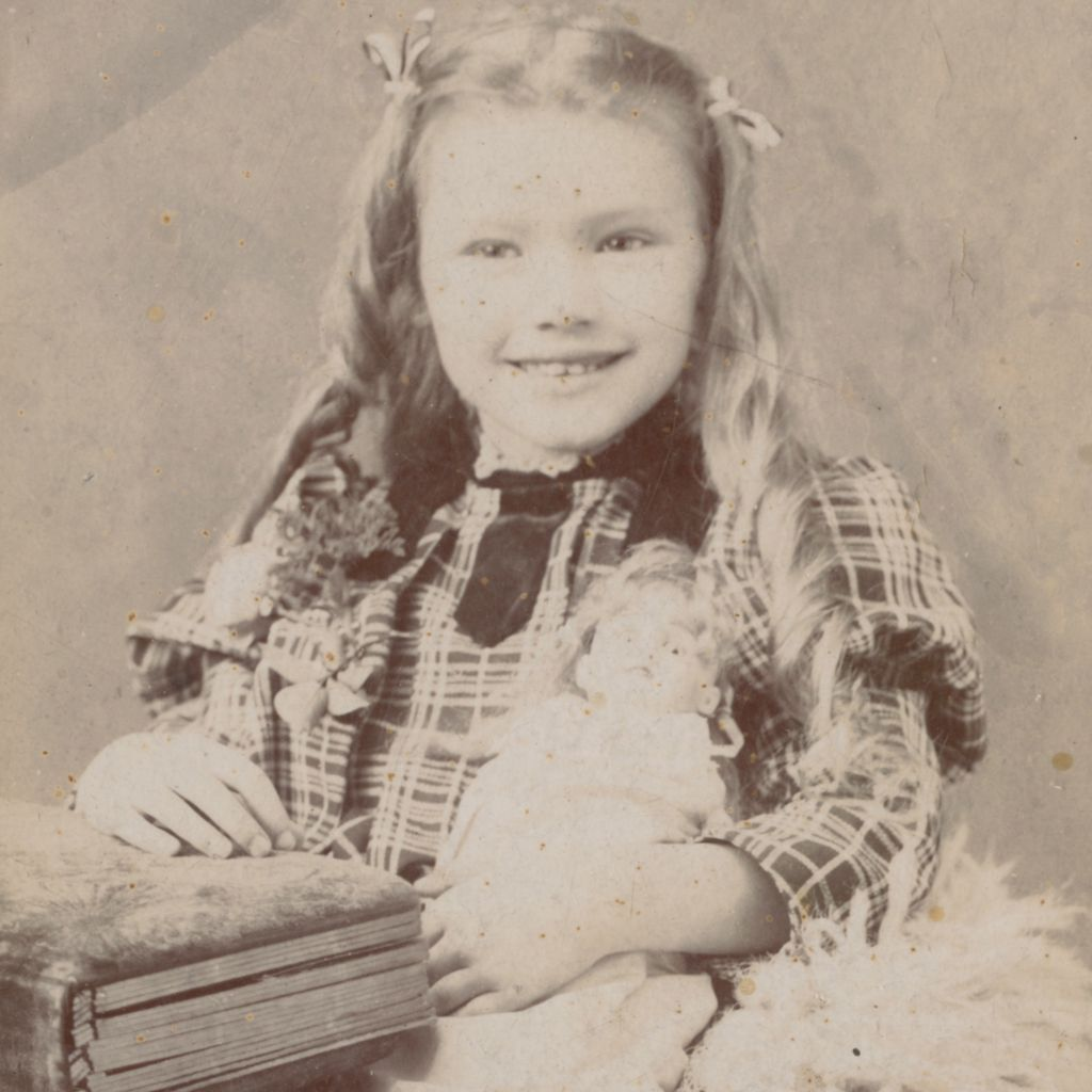 antique victorian photo, smiling, pretty little girl with