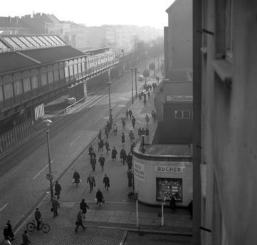 Berlin 1968 Die Schoenhauser Allee