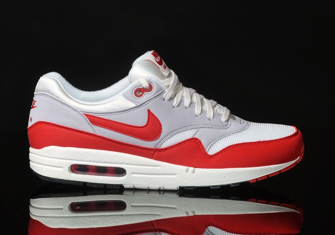 nike air max 1 og weiss rot 1110 780 sneaky. Black Bedroom Furniture Sets. Home Design Ideas