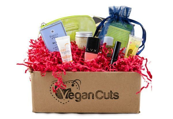 Subscription Boxes These Boxes of Vegan Beauty Products Make Great Gifts for Vegans These Boxes of Vegan Beauty Products Make Great Gifts for Vegans
