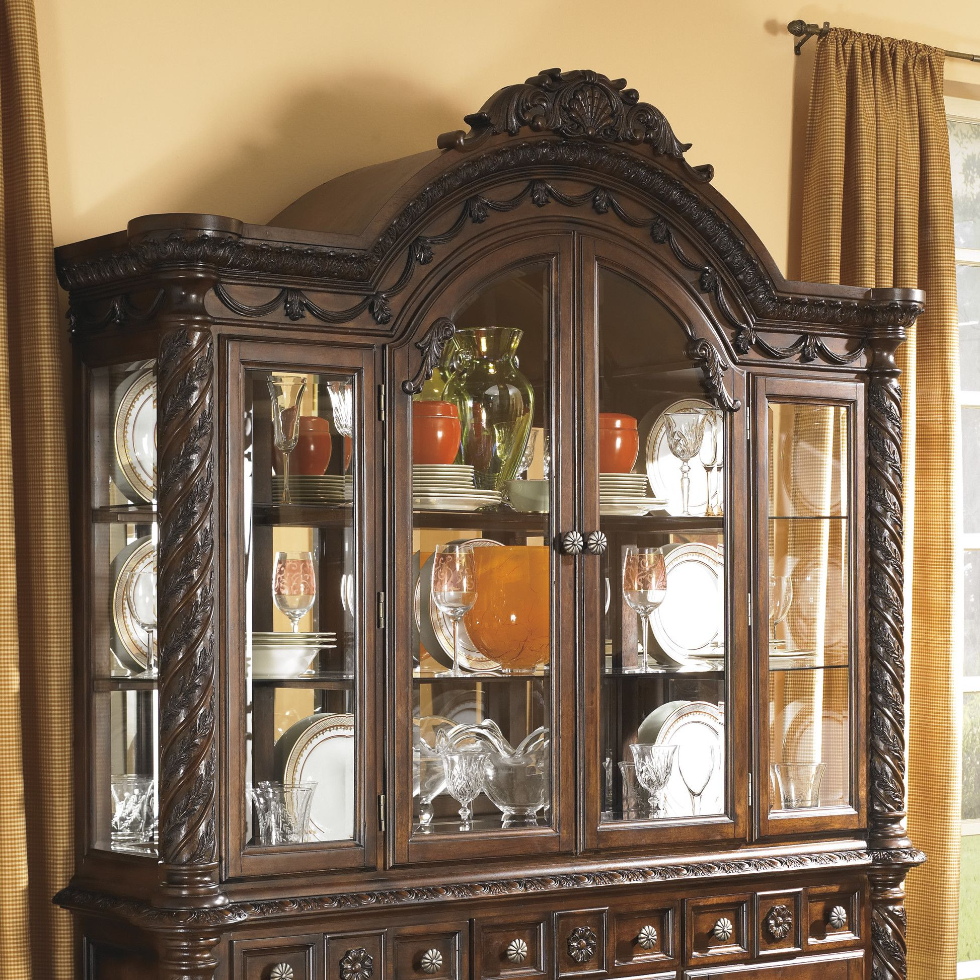 North Shore Dining Room China Top Hutch