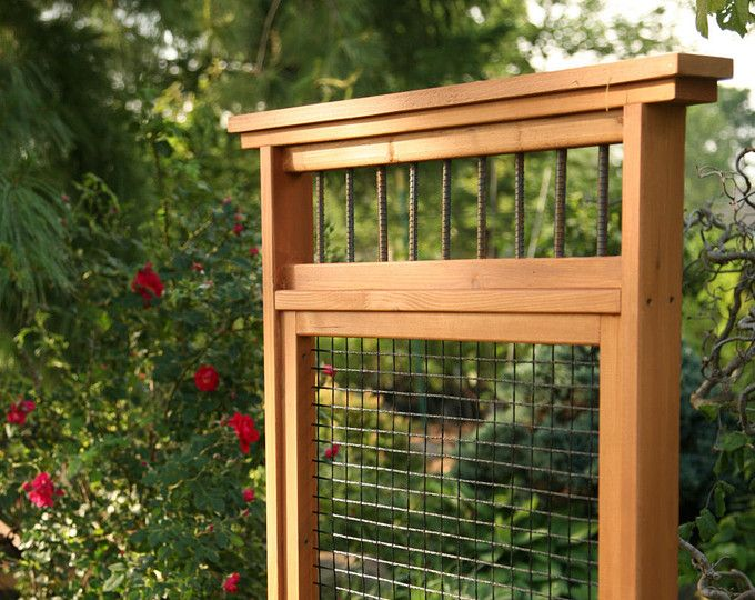 Timber Privacy Divider Screen/ Trellis With Horizontal Slats