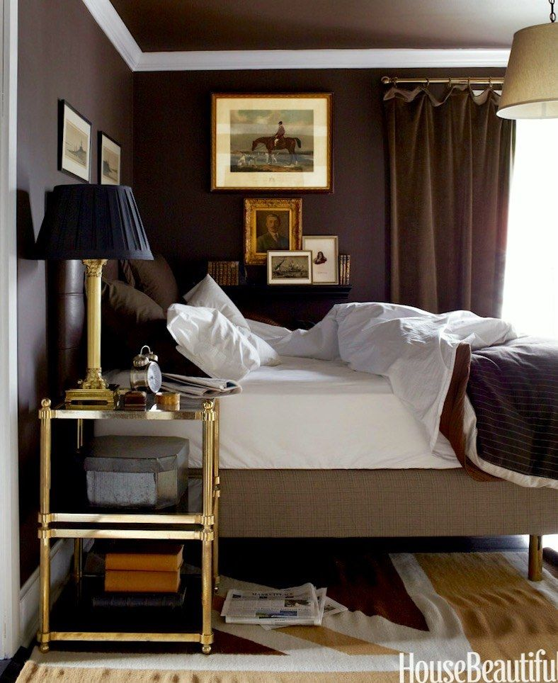 16 tricks to make your small rooms look bigger mistakes for Paint to make a room look bigger