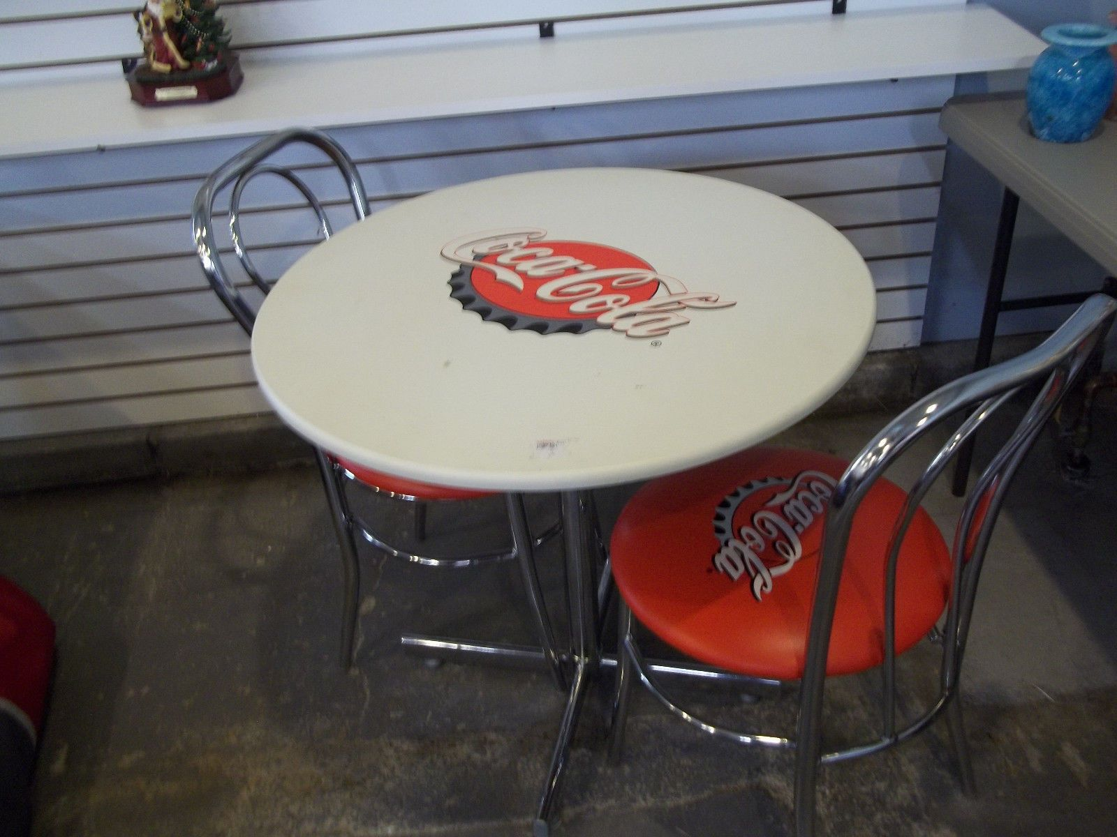Coke a Cola Table And Chairs must Pick Up Please