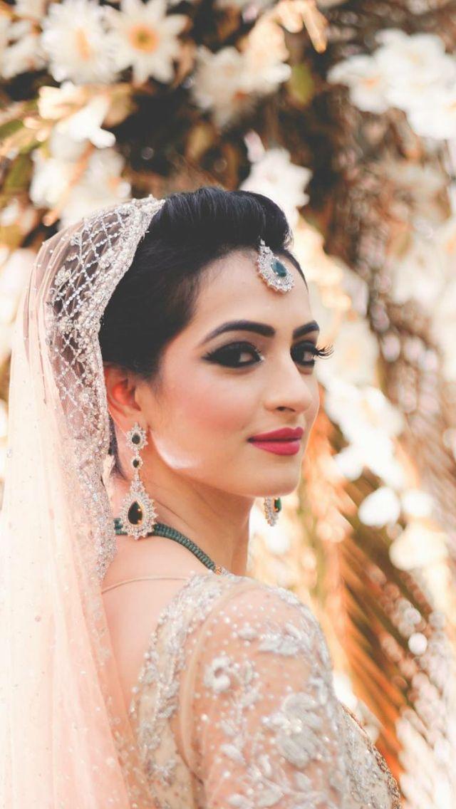 Pakistani bridal dresses pictures facebook
