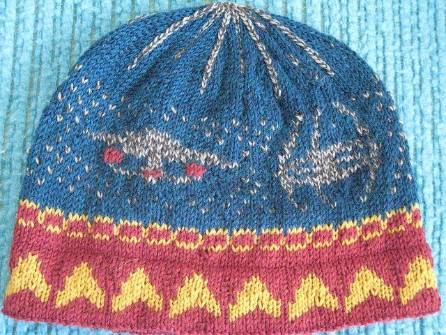 Star Trek hat by schoen1605,. I wish my knitting techniques were ...