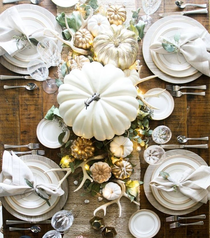 11 Easy Ways to Elevate Your Entertaining at This Years Thanksgiving From fall home decor entertaining tips to beautiful tablescapes these easy tips will make your Thanks...