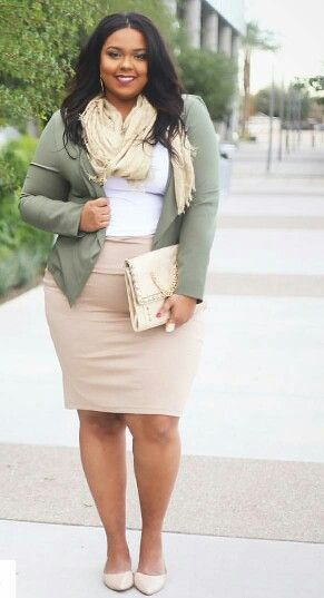 47 Fascinating Casual Work Outfits for Plus Size Women You Should Try - fashionetmag.com #womensworkoutfits