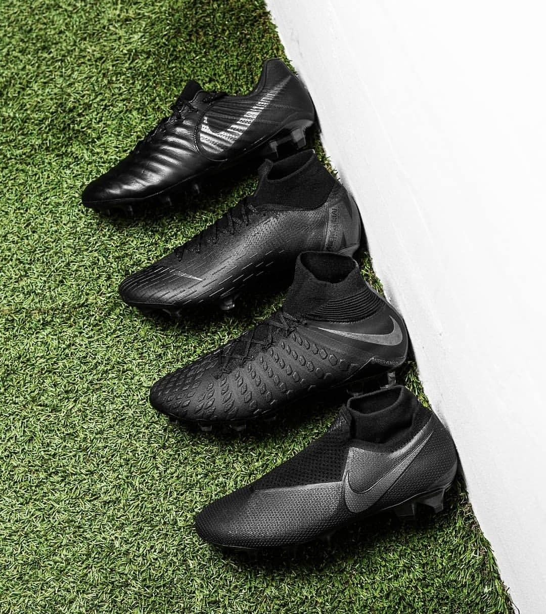 The new released shadow pack from @nike. | Chaussures homme ...